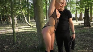 sex slave Candee Licious outdoor domination lesson sex toys
